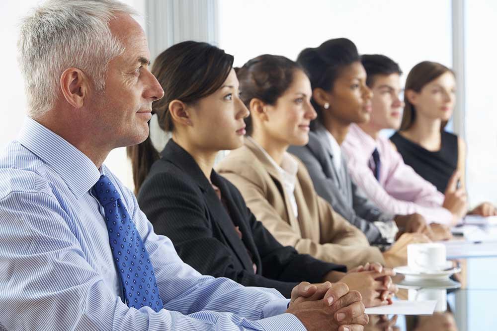 organizar reuniones grandes